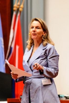 Esther Mollema - diversiteit expert